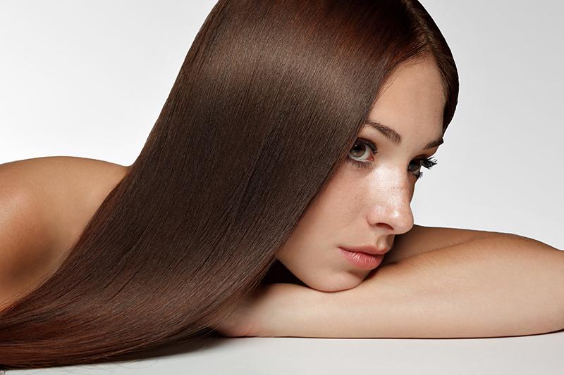 Биоламинирование волосПодарочные сертификаты<br>Густые, сильные, блестящие волосы – мечта каждой женщины. Как защитить <br>волосы от уличной копоти, как придать им энергии, если они уже устали? У<br> насущной проблемы есть великолепное решение – биоламинирование. Сразу <br>после процедуры вы увидите, как изменятся ваши волосы! Они станут, как <br>будто из рекламы дорогого шампуня, – такие же ровные, эластичные, <br>послушные, с таинственным глянцевым отблеском. К вашим волосам вернется <br>естественное здоровье, сила и энергия.<br>