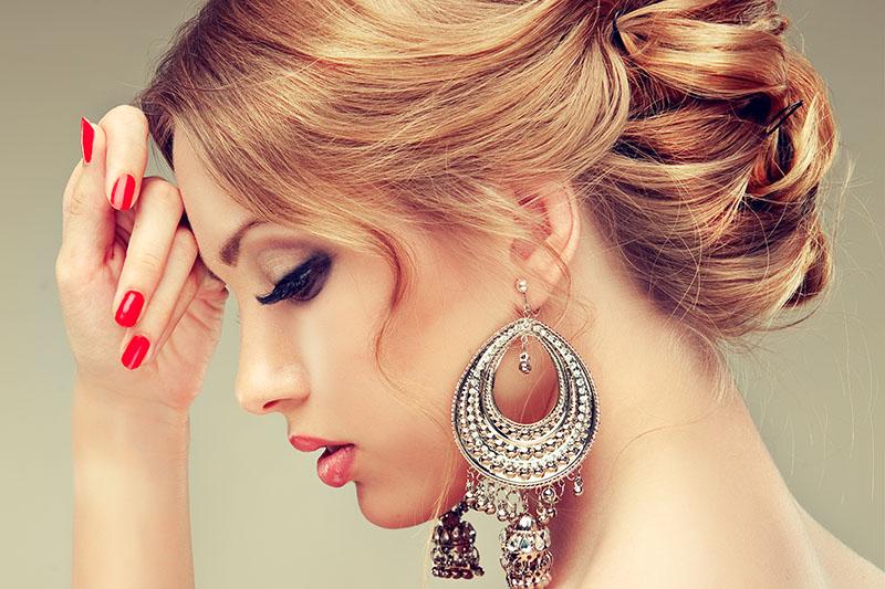 Вечерняя укладка и макияжПодарочные сертификаты<br><br>