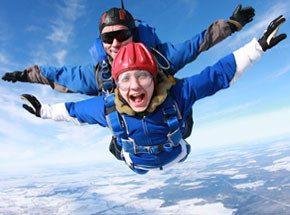 Прыжок с парашютом в тандеме с фото- и видеосъемкой