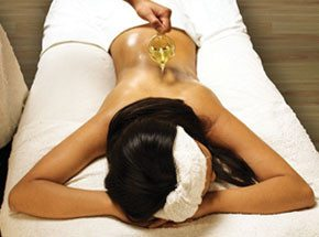 Расслабляющий тайский арома-ойл массаж