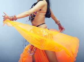 Танец животаПодарочные сертификаты<br>Арабский национальный танец стал очень популярным в России - он поднимает вам настроение и помогает раскрыться вашей сексуальности. Кроме того, танец живота действительно полезен для фигуры и организма в целом!<br>