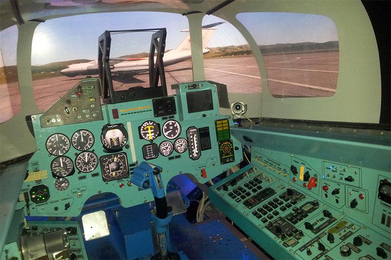 Полет на авиатренажере СУ-27 КурсантПодарочные сертификаты<br><br>